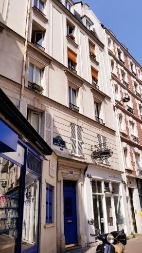 Ernesto's apartment